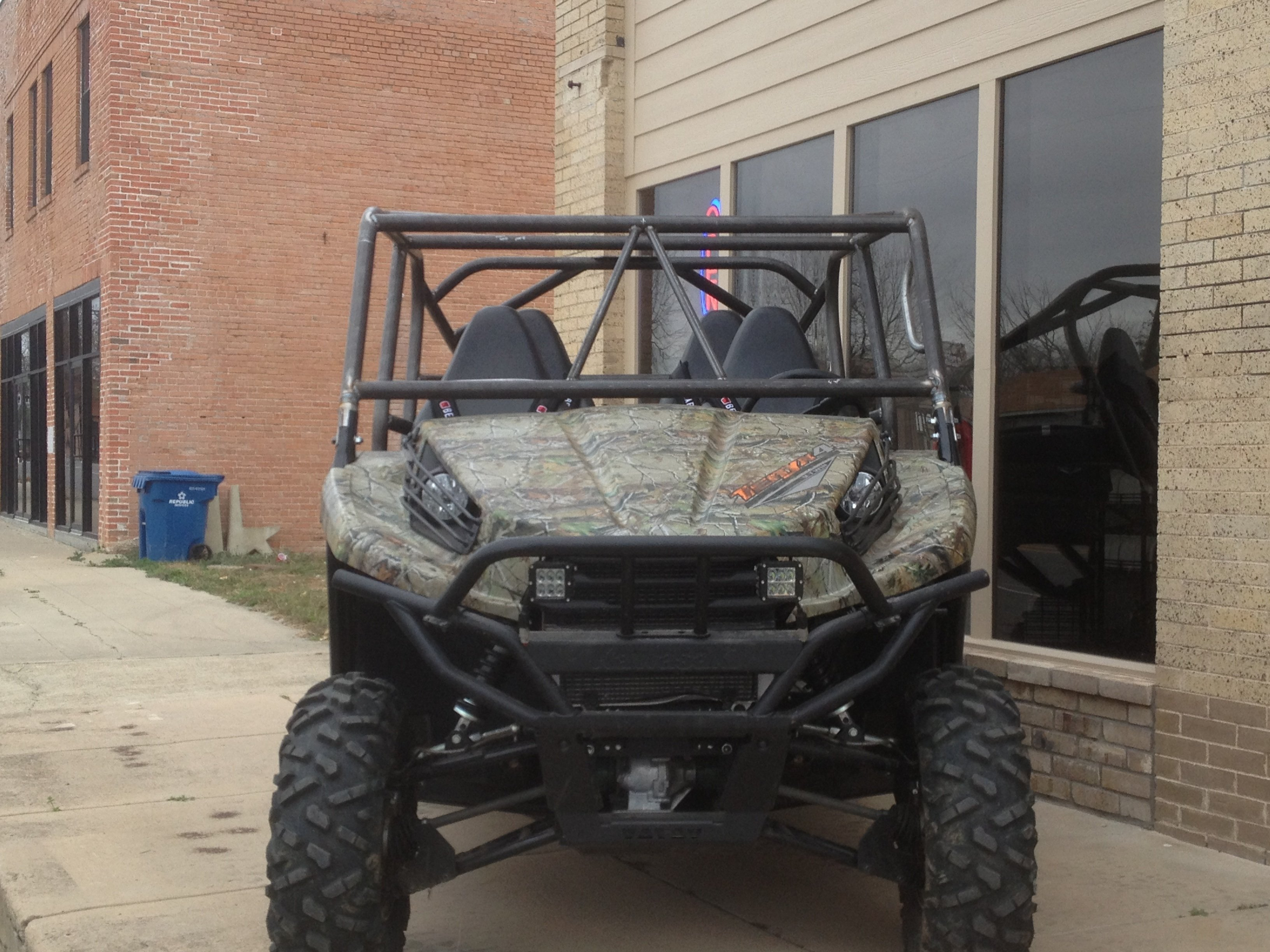 Teryx 4 roll cage